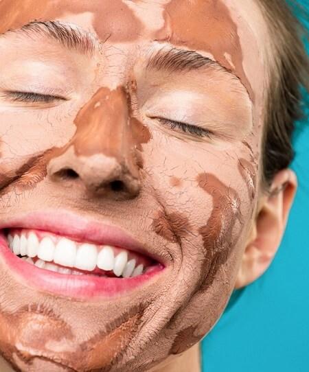 Masque d'argile contre l'acné